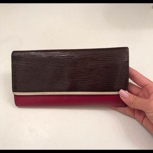 Louis Vuitton Epi Leather Walket.!